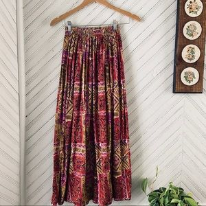 Vintage Patterned Flowy Maxi Skirt